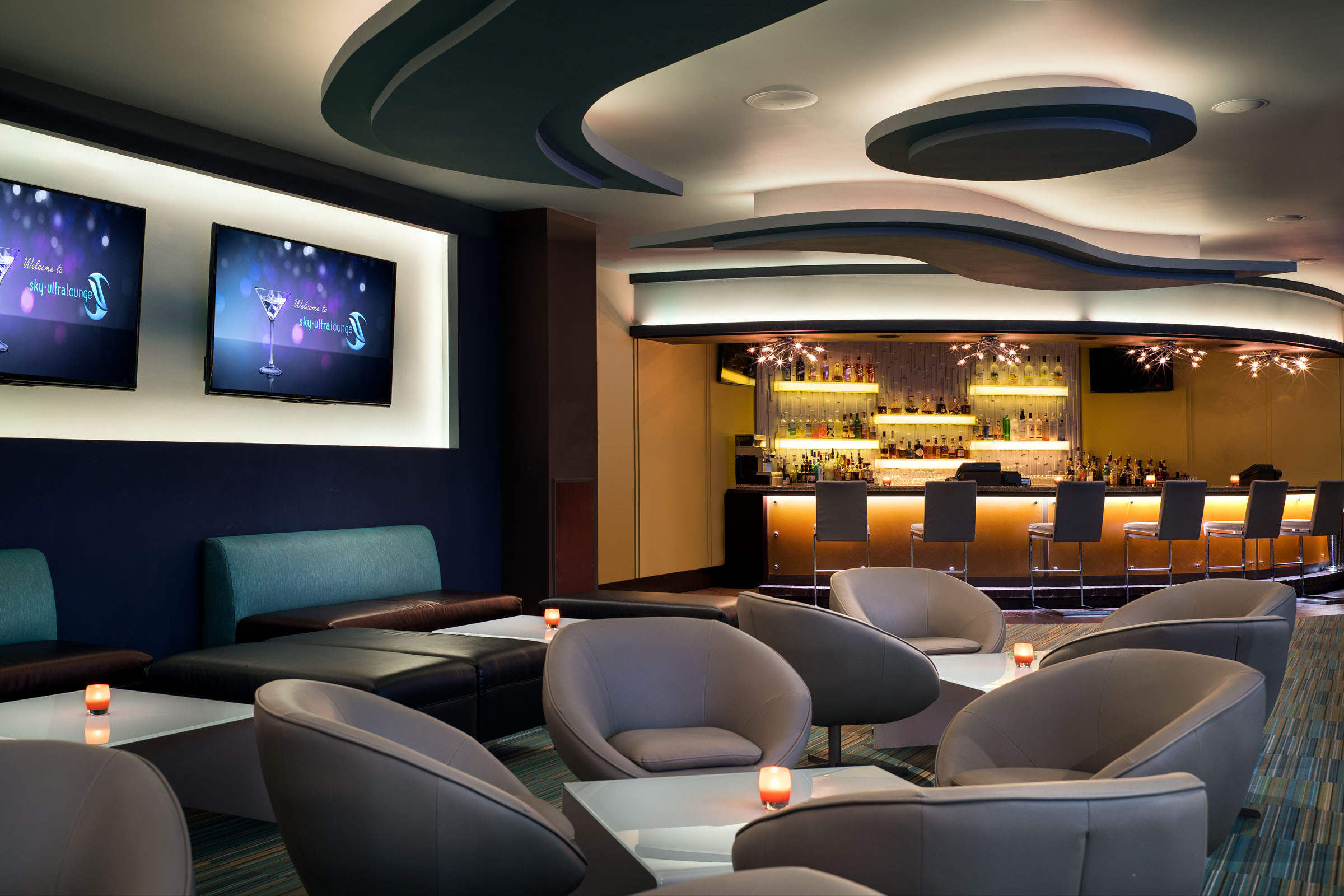 MH_SKBRB_Royal_Casino_SkyUltraLounge_Bar