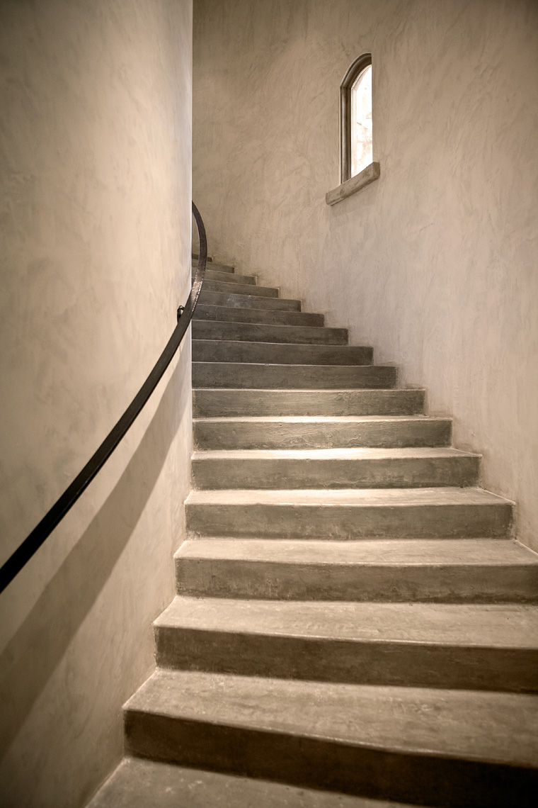 Napa_Sloan_Estate_stairs_up_6219_