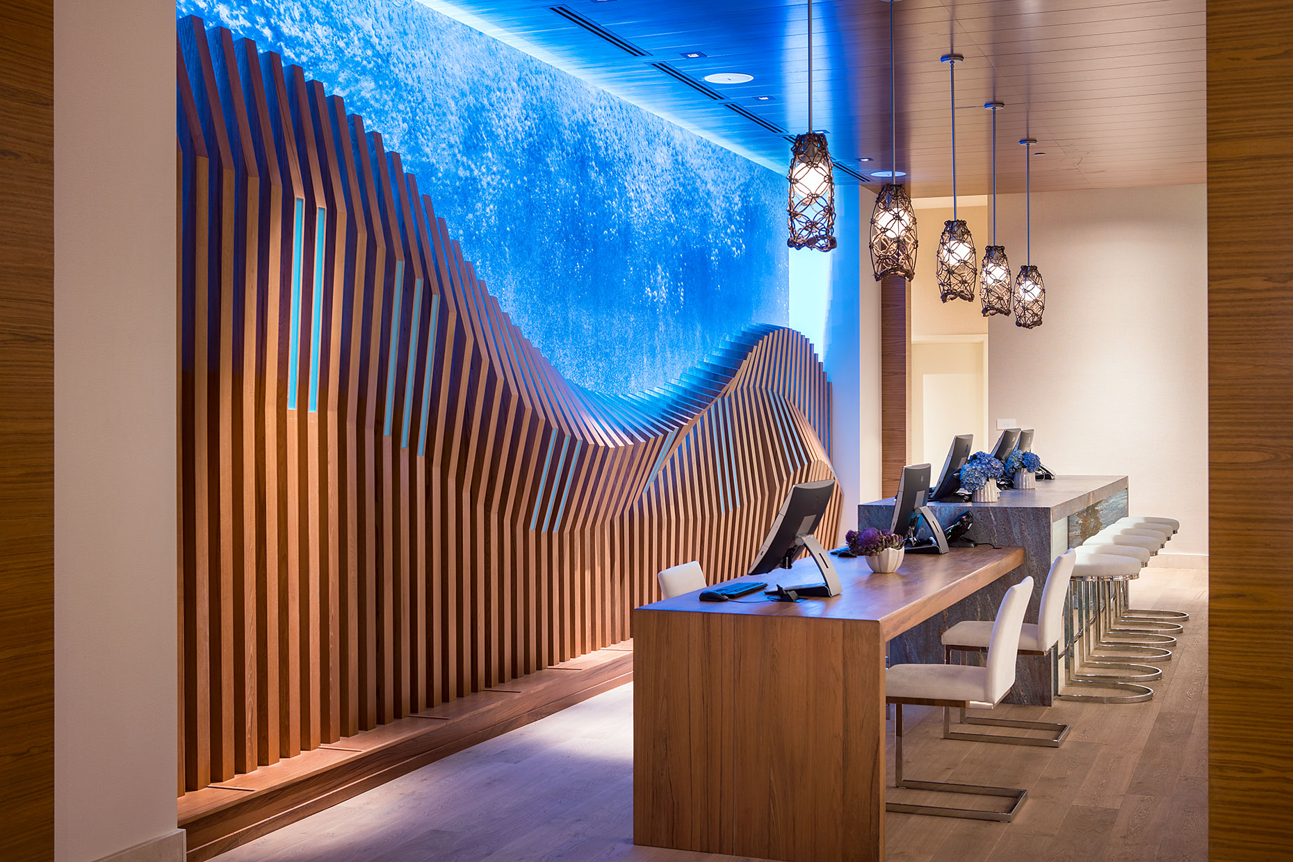 Pasea_Hotel_Front_Desk_Wave_Detail